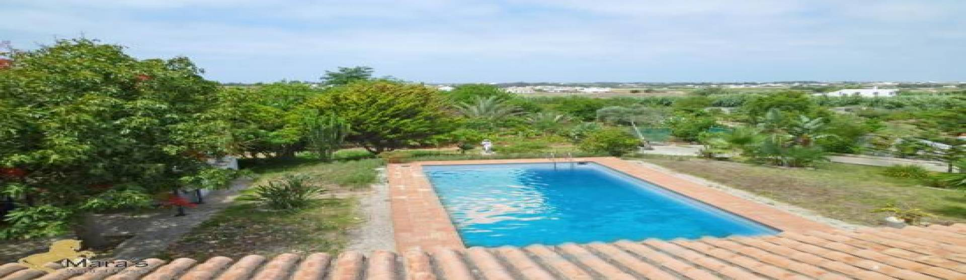Grosses Haus, Villa mit Garten und Pool in Conil de la Frontera